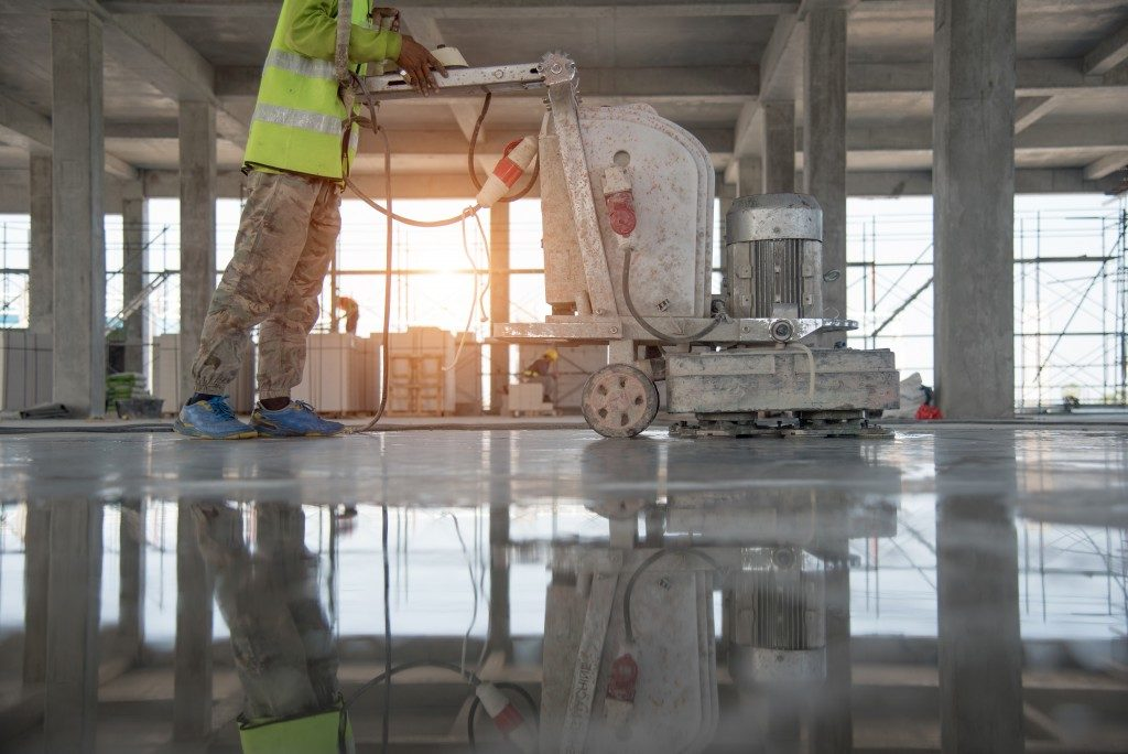 polishing floor