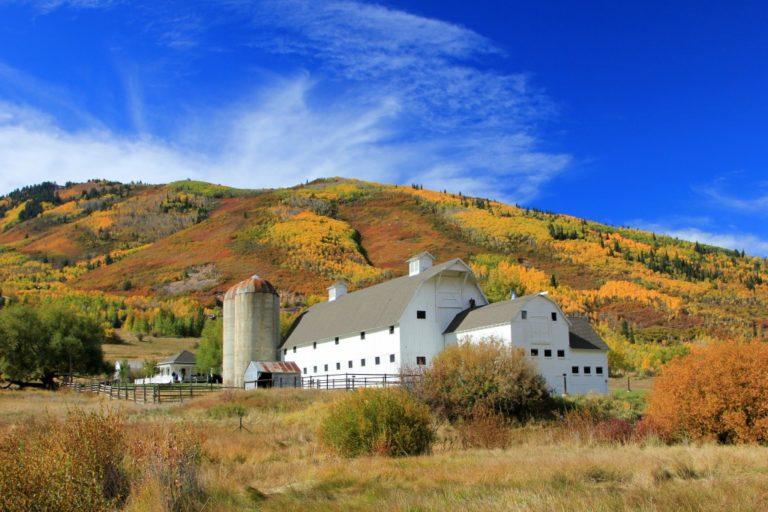 White barn in Utah