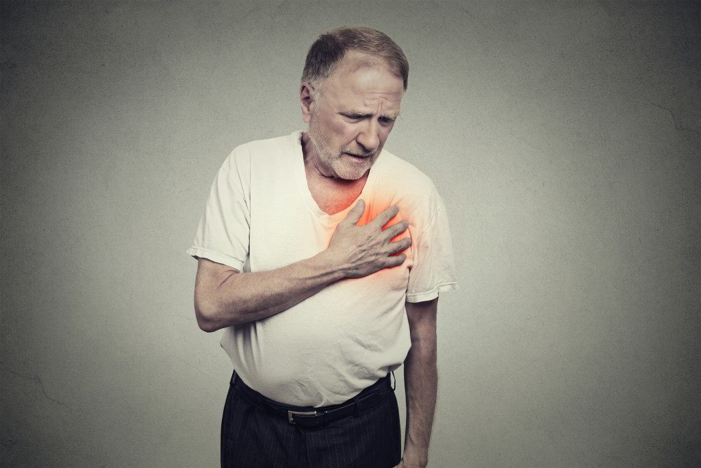 An elder having a heart disease from heat