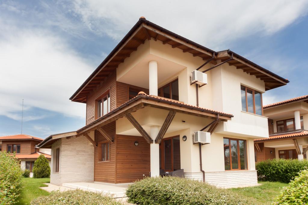 custom made luxury house